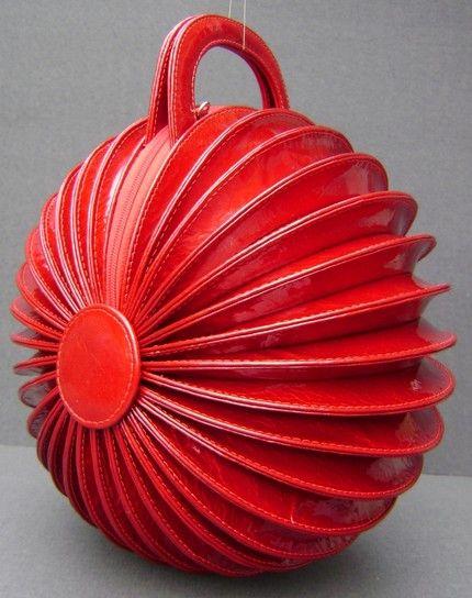 studio LITARThe accordion handbag