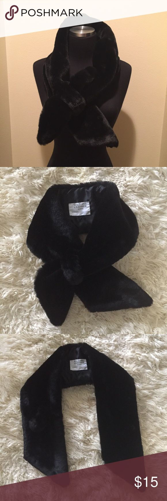 WILSONS LEATHER KIDS FUR SCARF WRAP Shawl shrug cape fur scarf wrap from WILSONS LEATHER KIDS.  Size 44/6.  Can be attach to collars. Pre owned, good condition Wilsons Leather Other