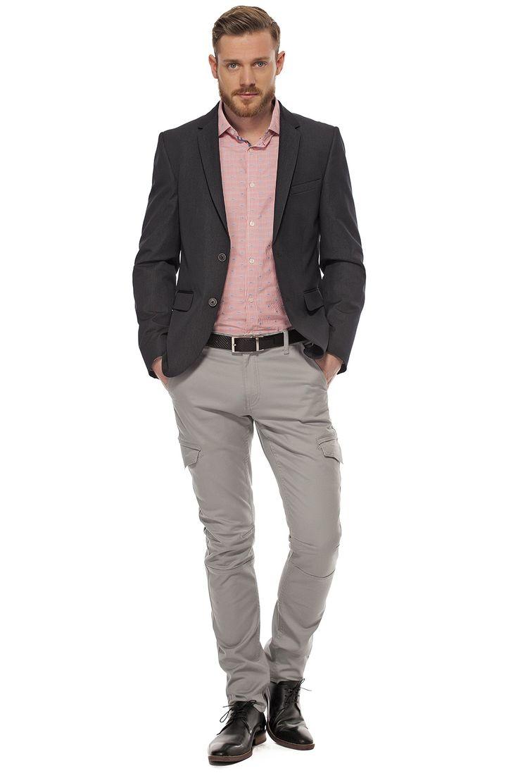 Veston extra-ajusté aspect denim / Dressy denim-look ex-fitted jacket https://www.tristanstyle.com/en/hommes/looks/5/hv070d0654zbl50/