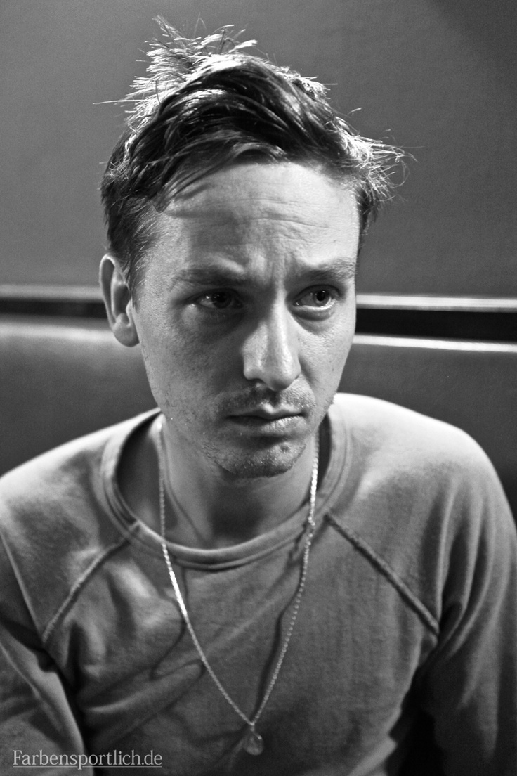 tom schilling the same sky