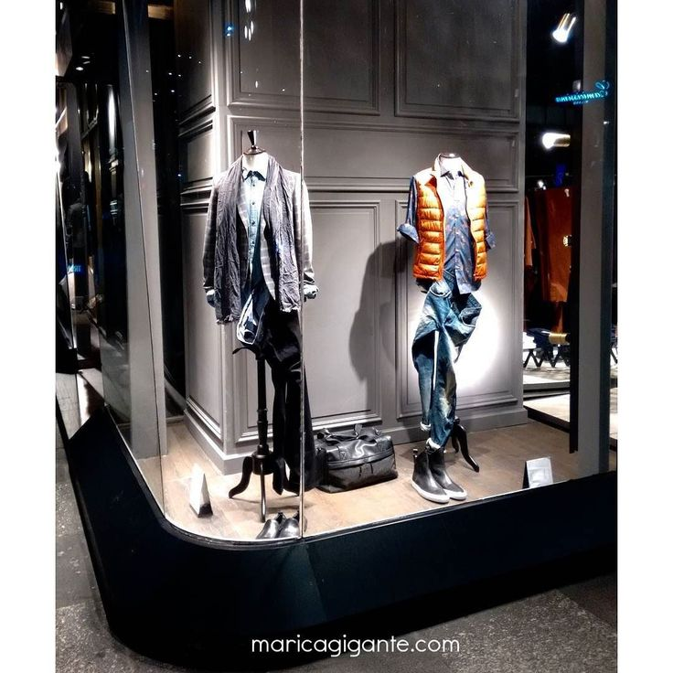 Corner #window sartorial busts and really great styling details at @Sisley_Fashion store piazza San Babila Milan
