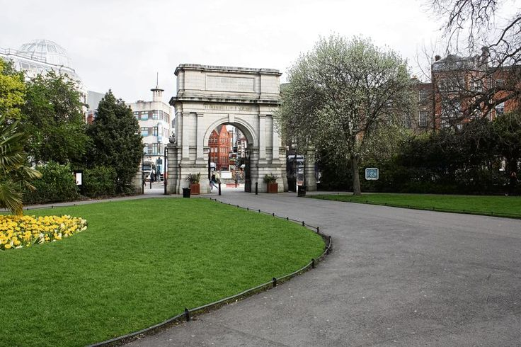 Dublin | Die Fusilliers' Arch in St. Stephen's Green