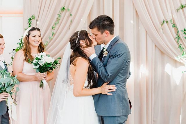 They Lived Happily Ever After Photography Gracekathryn Design Coordination Flora Wedding Styles Classic Wedding Inspiration Santa Barbara Wedding Venue