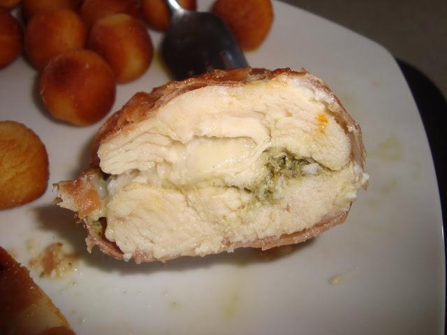 Mozzarella-pesto fyldt kylling
