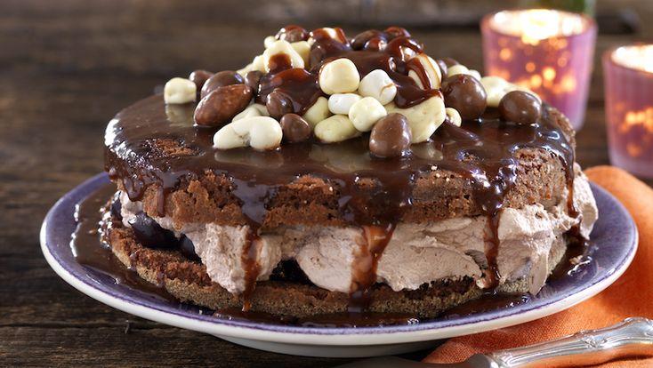 Smarrigaste chokladtårtan med kolasås