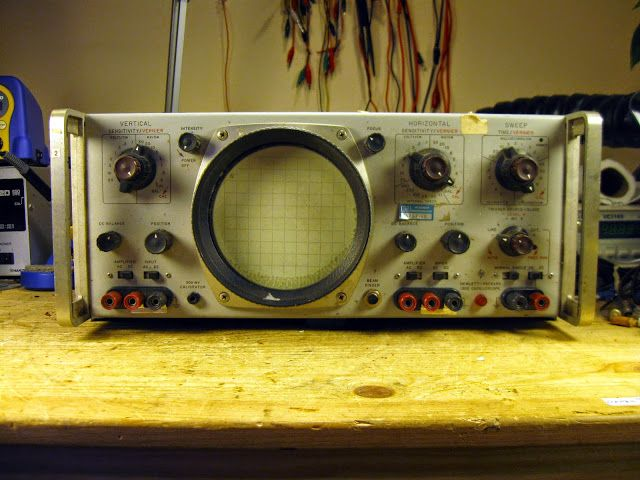 Vintage Tektronix Oscilloscopes : Best images about antique test equipment on pinterest