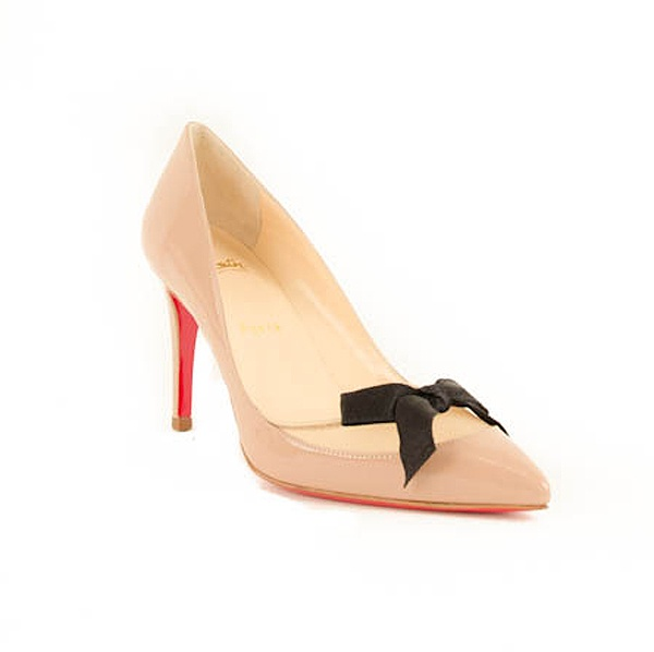 Christian Louboutin's leather and mesh 'Love Me' style is an ever-chic choice. The pointed toe creates an elongating effect, so maximize the look with a sleek coat and super skinny pants. Patent Nude leather, black bow, and nude mesh. Heel height approx. 3.5 inches.Heels Heights, Heights Approx, Black Bows, Nude Leather, Nude Heels, Louboutin Leather, Christian Louboutin, Nude Mesh, Patent Nude