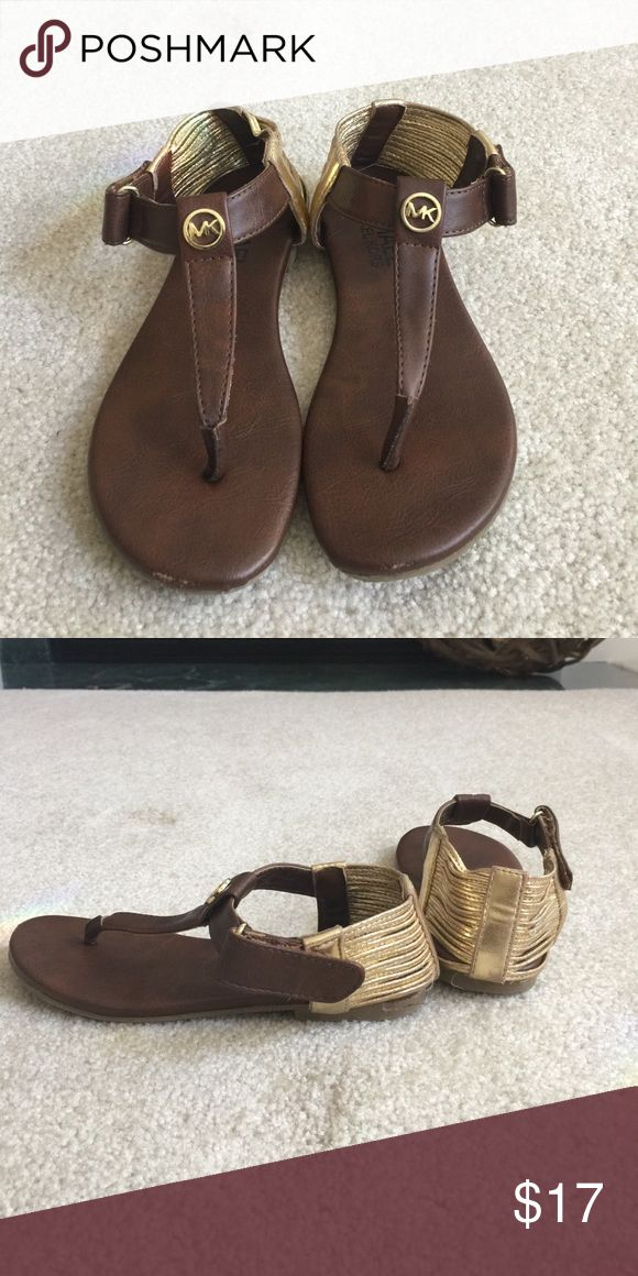 Girls Michael Kors sandals These brown and gold Michael Kors