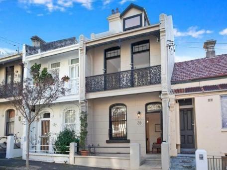 ?  http://www.realestate.com.au/property-house-nsw-glebe-114458055