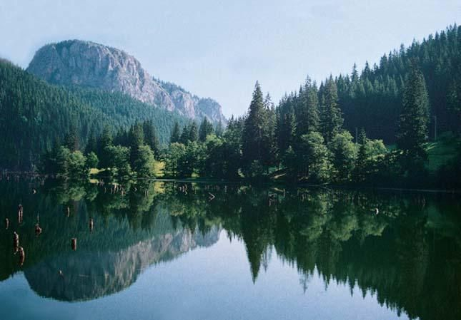 Erdély két legérdekesebb helye a Gyilkos-tó és a Békás-szoros.