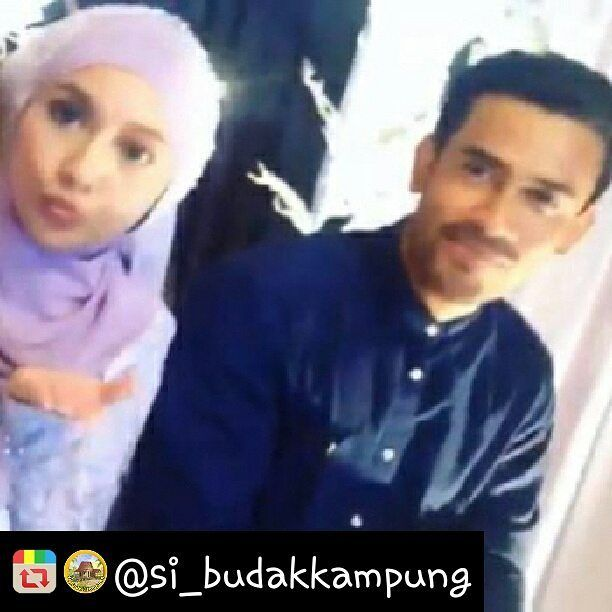 Tahniah @remyishak atas Pertunangan dengan gadis Pahang. Semoga Bahagia hendaknya ke jinjang pelamin...amin  Remy ishak bertunang dengan wanita Pahang #si_budakkampung #pahang #remyishak  credit foto @si_budakkampung *Maaf gambar tidak jelas  #remyishak  #malaysian  #celebrity  #handsome  #engaged http://tipsrazzi.com/ipost/1504942145189867813/?code=BTioOhTjnEl