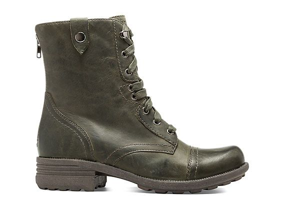 Cobb Hill Bethany - Green. Removable insole. $159