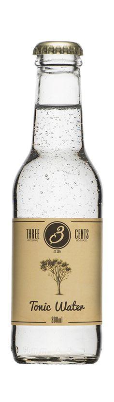 VanDyck Premium Gin 50ML mix met THREE CENTS TONIC WATER 200 ML. te combineren met de garnish komkommer, sinaasappel en citroen. De dranken van Three Cents zijn ambachtelijk geproduceerd. Alle ingredienten zijn natuurlijk! 100% puur en fris, zonder conserveringsmiddelen Gemaakt met bronwater en zeer hoog koolzuur gehalte.