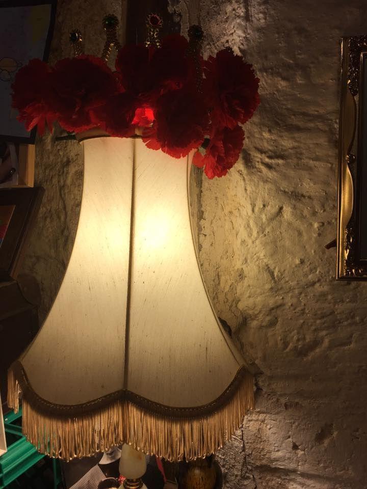 PROPS - LAMP - FLOWERS