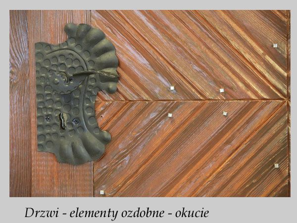 Polish Log Home door - details