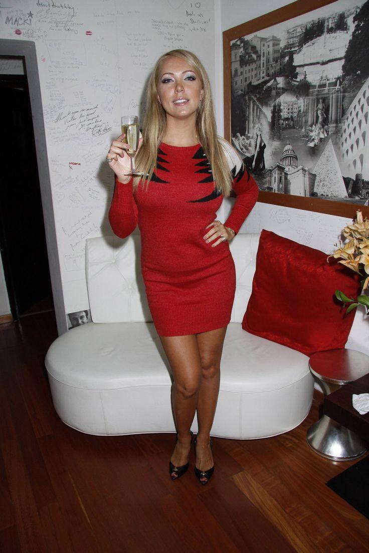Host on SwaGirl.com