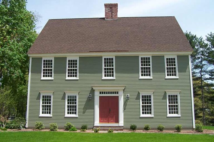 Classic colonial homes 39 granby colonial style Classic home paint colors