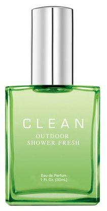 Outdoor Shower Fresh Clean - Extracts of Water Lily, Violet Leaves and Sparkling Bergamot with a hint of Tropical Rain Accord and Sandalwood make for a refreshingly simple, outdoor soapy shower fresh scent.