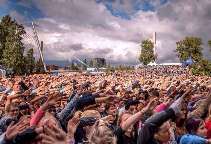 Tammerfest music festival in Tampere, Finland, by Kari Savolainen. Tampereallbright.fi