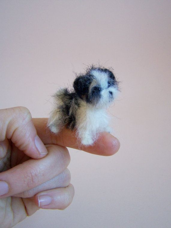 Custom oder Ooak Needle Felted miniature dog - eco friendly art-Collectible artist animals- Morkie doll house 1 inch. 1:12