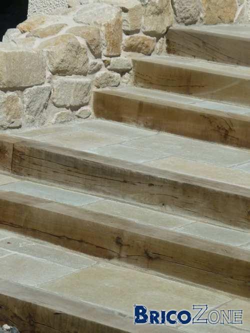 Les 25 meilleures id es de la cat gorie escalier ext rieur for Recouvrement beton exterieur