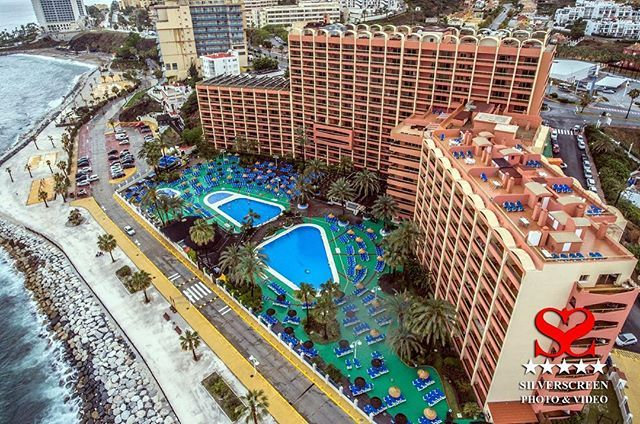 Aerial view of Sunset Beach Club from Silverscreen Weddings Photo & Video drone... AKA The Dougie Copter #sunsetbeachclub #silverscreenphotographyvideo #silverscreendigitalmedia #silverscreenweddings