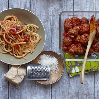 Gordon Ramsay's Italian meatballs - not a big Gordon fan, but these look good. Will be making tonight (minus the pork).