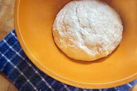 Diddles and Dumplings: Easy Pizza Dough