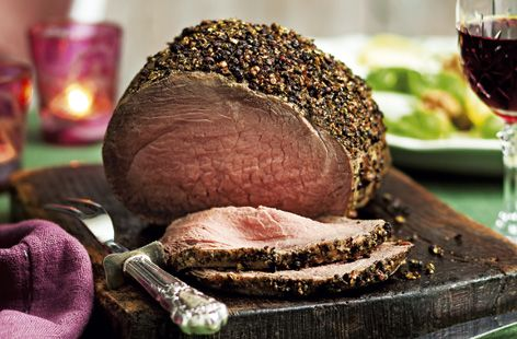 This succulent roast beef joint has a flavoursome peppercorn crust | Tesco