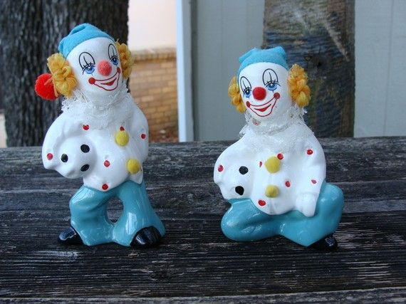 Vintage Ceramic Circus Clowns With Soccer Ball by dables on Etsy, $15.00Vintage Ceramics, Football Vintage, Vintage Shops