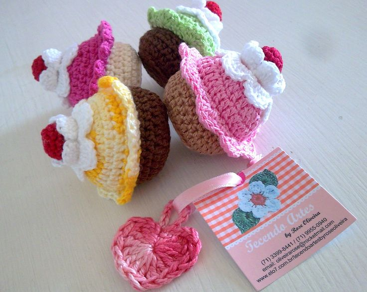 Boa tarde gente querida! Esses cupcakes fofinhos vão para Macaé - Rio de Janeiro. A cliente vai usar na festinha de aniversário da filhota...