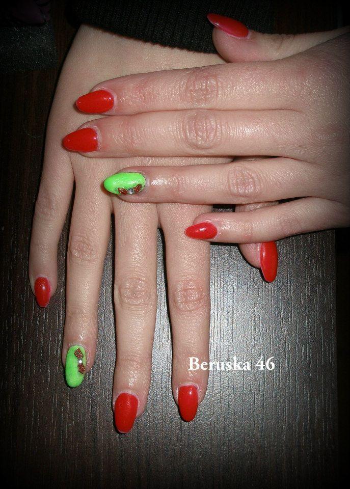 Neonový a červený