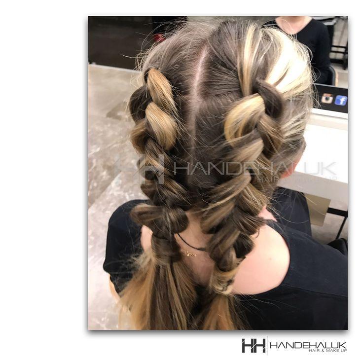 Hafta sonu için hem şık hem rahat bir modele ne dersin?  #HandeHaluk #ulus #zorlu #zorluavm  #zorlucenter #hair #hairstyle #hairoftheday #hairfashion #hairlife #hairlove #hairideas #hairsalon #hairstylists #hairinspiration #hairtrends #inspiration #Avedacolor  #HandeHalukAveda #Avedahair #Avedahaircare #Avedahairstyle #braidstyle #braid #braidideas #AvedaSalon