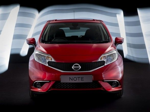 Nissan, Amusing 2014 Nissan Note Front Red: Amazing 2014 Nissan Note Car