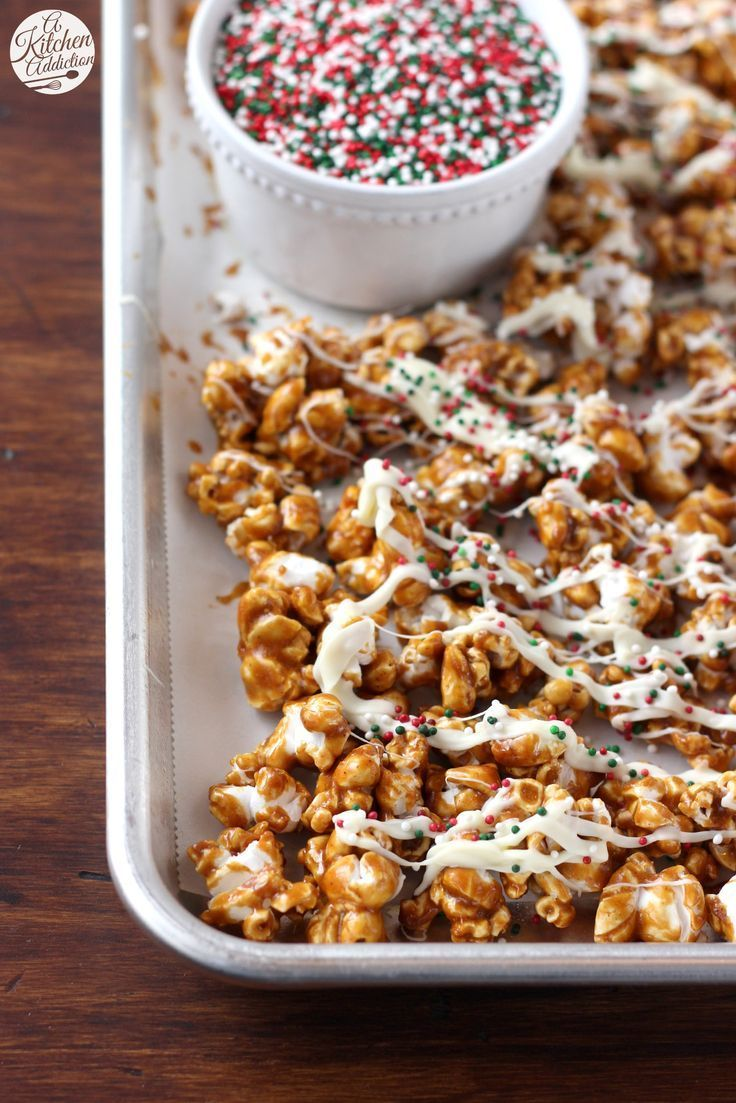 Easy Gingerbread Caramel Corn with White Chocolate Drizzle from @akitchenaddict