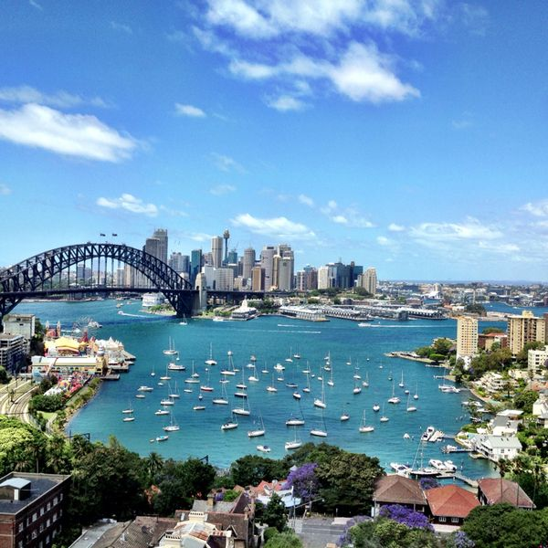 I recommend North Sydney Harbourview Hotel to all my overseas visitors. An excellent position to take in the Sydney Harbour views. And I love running by the bay too!