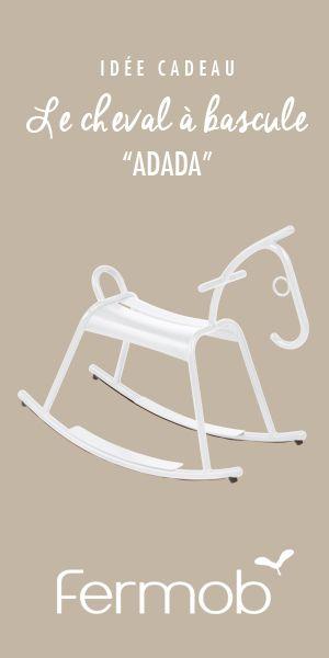 Les parents craquent pour son design, les enfants l'enfourchent ! Et hue ! Fermob s'engage* auprès de l'association « Une Souris Verte » qui agit pour l'inclusion des jeunes enfants en situation de handicap dans la société. * 3€ seront reversés à l'association pour tout achat d'un cheval à bascule ADADA.  #idéecadeau #enfant #chevalàbascule #adada #fermob #design #deco