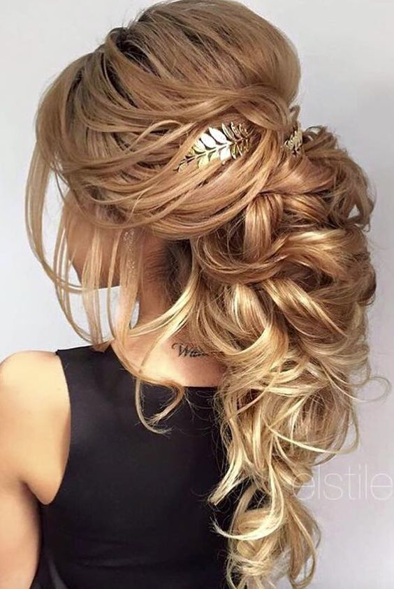 1000+ Ideas About Beach Wedding Hairstyles On Pinterest