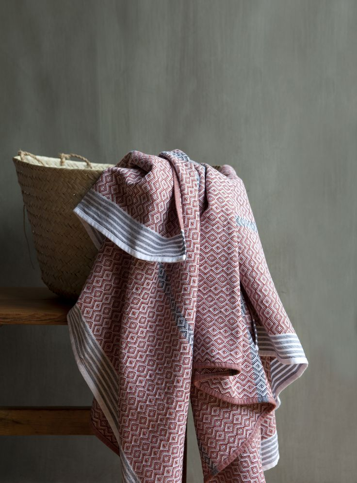 Itawuli Flat Weave Towel - Outeniqua Rust @ Mungo
