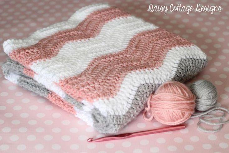 Simple Ripple Baby Blanket - The Yarn Box The Yarn Box ༺✿ƬⱤღ  http://www.pinterest.com/teretegui/✿༻