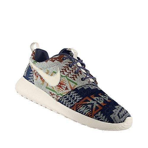 Nike Roshe Run x Pendleton ID Never wear white tennis shoes. If you're going to wear sneakers, wear some color. Nike Roshe Run Green #Cheap #Sneakers!!!Need a pair! Love Womens style at #frees2014 org!