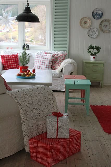 mint living room need more nuetrals for less feminine living room