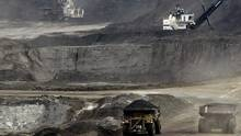 Report warns of drop in oil sands R