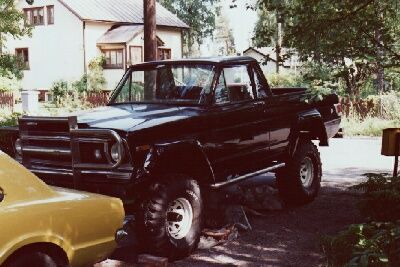 Jeep Wagoneer Monster 4x4 5.9 V8 - JEEP28 - RiceRacing Team