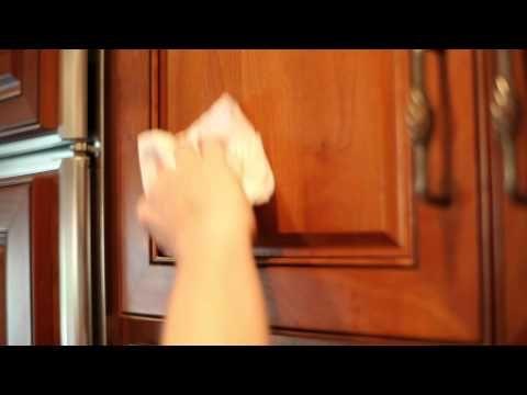 Zsíros lerakódások a konyhapulton, csempén? Nem hiszed el, mivel jön le 1 perc alatt - www.kiskegyed.hu