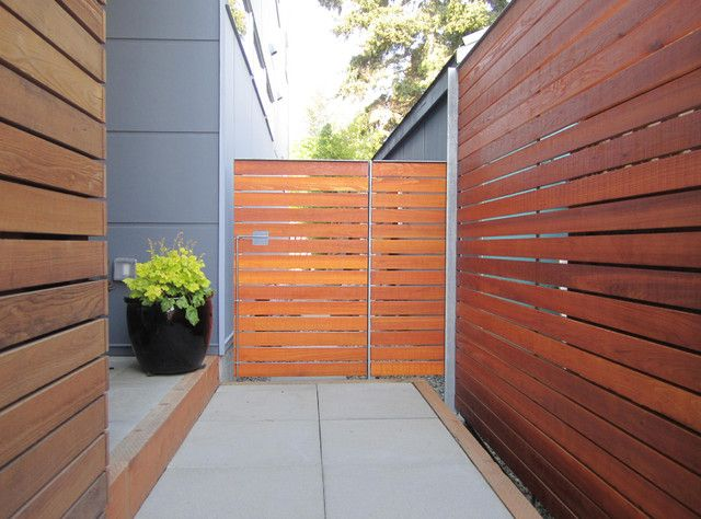 Decorating Modern Wood Fence Design Using Brown Wooden 640 x 480