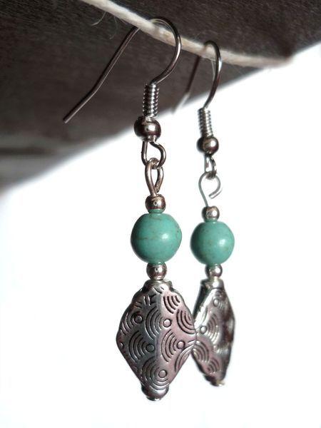 Saretta Bijoux #italian #handmade #jewelry -- Turquoise glass #earrings / #orecchini in vetro turchese -- 10,90 € http://it.dawanda.com/shop/SarettaBijoux