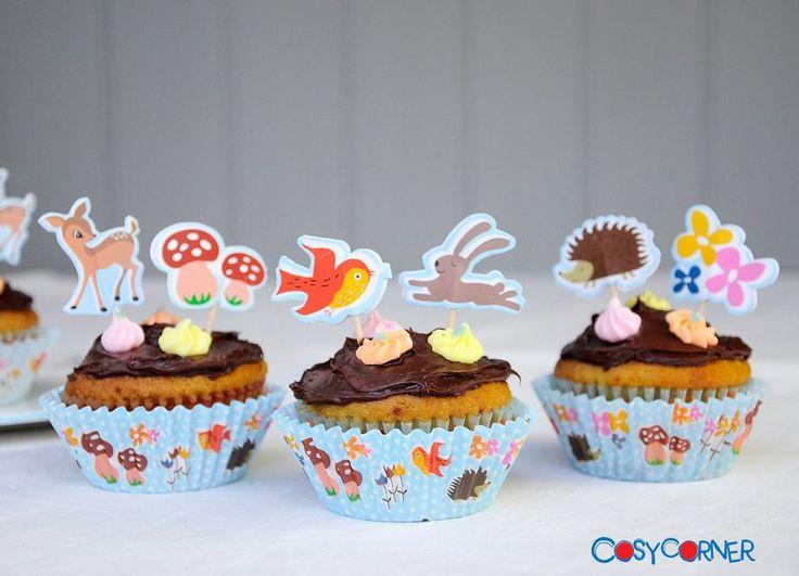 Φτιάχνουμε γλυκά παρέα με τα παιδιά μας. Θα ενθουσιαστούν τα παιδιά με τις υπέροχες Woodland cupcake φόρμες και τα διασκοσμητικά ξυλάκια! http://bit.ly/1s35BQz