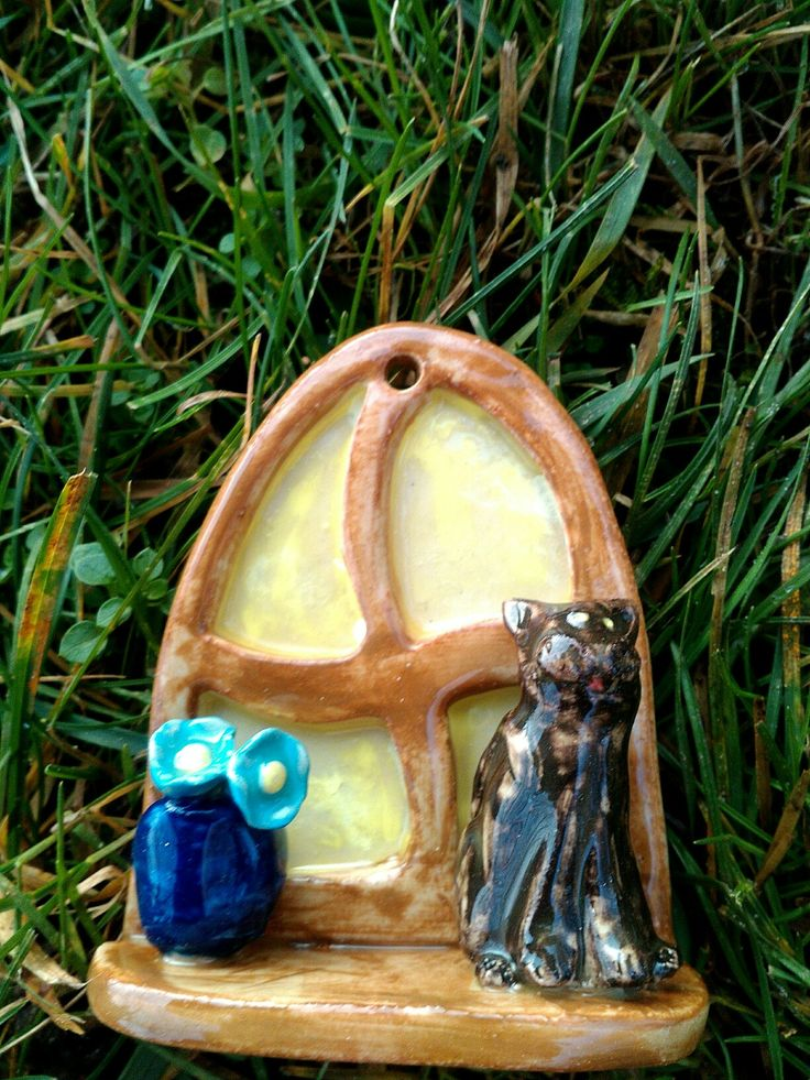 Ablak a fára cicával  www.mesekeramia.hu  #mesekerámia #tündérfa #manófa #fairygarden