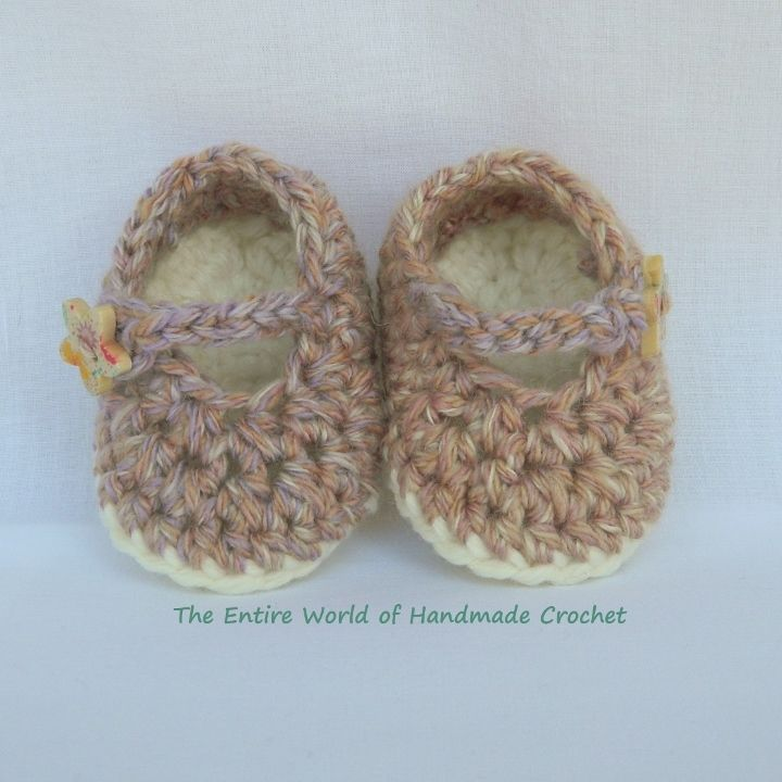 """€12. Crochet """"Rhapsody""""  sandals for a baby-girl 0-6 months old. Ready to ship."""